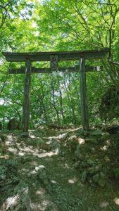 三峯神社 奥宮への鳥居3
