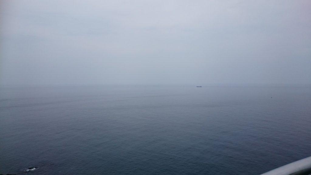 出雲日御碕灯台から眺める日本海