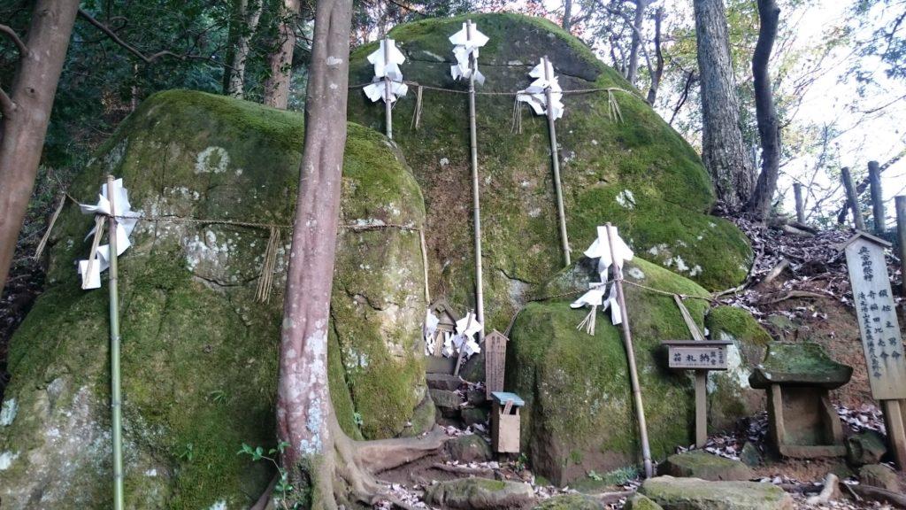 須賀神社 奥宮 夫婦岩