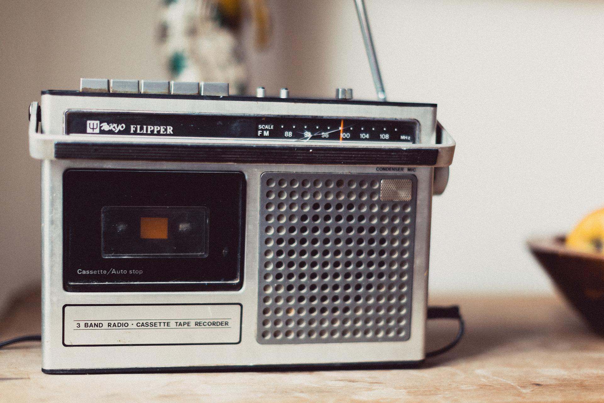 なぜ災害時にラジオが必要なのか?その理由と防災対策におすすめのラジオ
