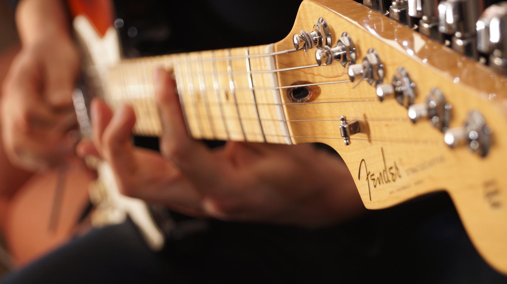 エレキギターの王道「フェンダー・ストラトキャスター」